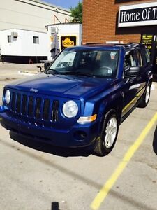 2010 JEEP PATRIOT SPORT $ 7400 CERT, E-TEST