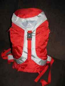 New Jura 24  Vaude Hiking Backpack