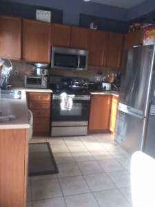 3 Bedroom Townhouse - BAYLY AND SALEM RD