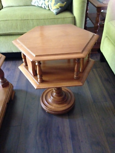 ROXTON Solid Maple Side Table