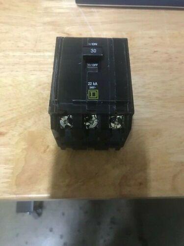 Square D  30Amp 22kA Circuit Breaker 3 Pole 30 Amp 240v