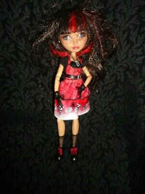 Daughter Of Red Riding Hood (Ever After High Cerise Hood Hat-Tastic Party Doll, Daughter of Red Riding)