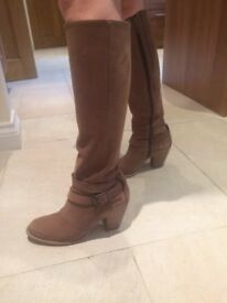 Ladies Nubuck Boots from Duo