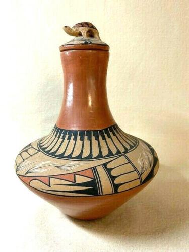 """Jemez Pottery - by V.Tafoya,  Jemez Pueblo, NM - Jar with Turtle Lid - 7""""W x 9""""T"""