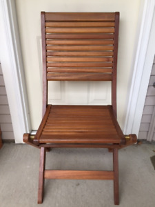Folding wooden patio chairs (set of 4)