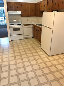 2BEDROOM 1.5BATHROOM CONDO WASHER/DRYER/DISHWASHER