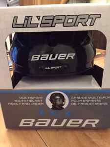 Bauer Lil'Sport ages 7 and under hockey helmet