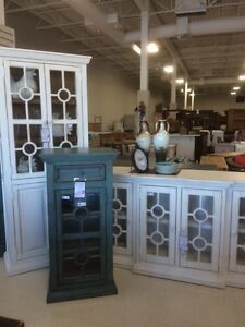 CREATIVE VISIONS RUSTIC FURNITURE