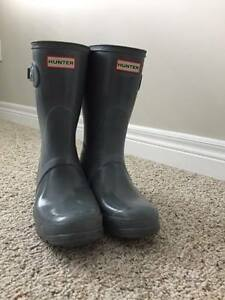 grey hunter boots