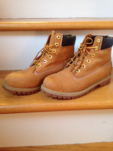 Timberlands- Like New Condition