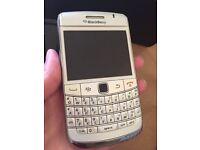 Used BlackBerry bold 9780