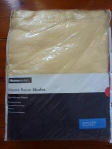 Homemaker Single Bed Blanket Yellow Size 152cm 203cm Merewether Newcastle Area Preview