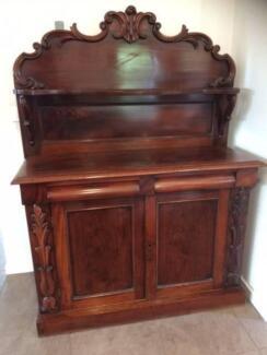 Victorian Mahogany Chiffonier