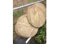 400mm round paving slabs £1.50 each