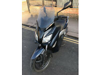 2010 Yamaha YP125-R X-MAX yp 125 r xmax in Blue great condition