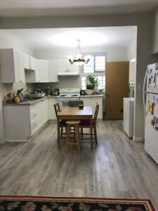 Students Three or Six Bedroom Apartment