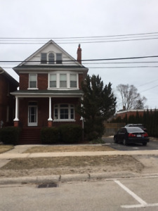 Newly renovated Centry House for Rent Collingwood