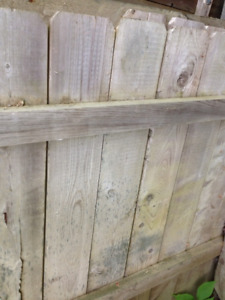 Wooden Sectional Fencing