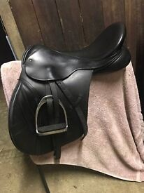 FOR SALE - Black Country GP Saddle - 17.5' VGC