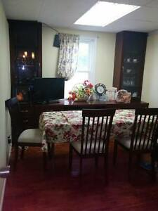 Updated East Side Bungalow with garage! Windsor Region Ontario image 7