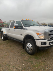 RARE 2015 F450 Platinum mint condition many extras