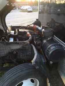 Camion pour les pièces Saguenay Saguenay-Lac-Saint-Jean image 2