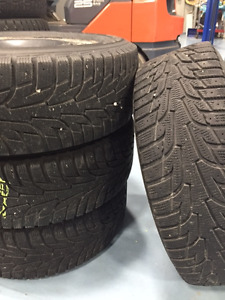 HANKOOK I PIKE - p215/60r16 - WINTER TIRES