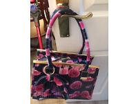 Handbag pink and black floral design