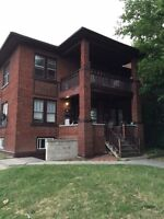 2 bedroom apartment $700 inclusive on Cameron!