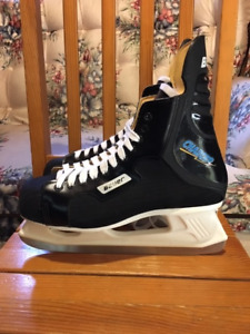 Men's Size 11 Skates & Size 10.5 Skates - 13 pair to choose from