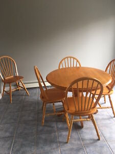 Dining Set.. Table with 5 chairs
