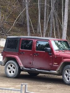2013 Jeep Sahara Wrangler Factory Soft top (4 door)