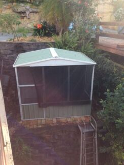 Bird animal aviary North Narrabeen Pittwater Area Preview