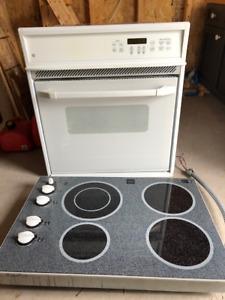 Four encastré et plaque de cuisson GE