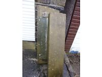 One stone step (112cm x 26cm x 15cm) and one stone lintel (113cm x 10cm x 38cm)
