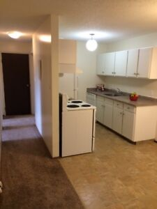 PET FRIENDLY 2BR Available in Parkridge! Starting at $899!
