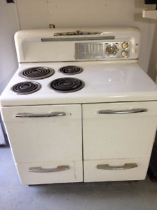 Vintage 1950's Gibson Electric Stove & Oven