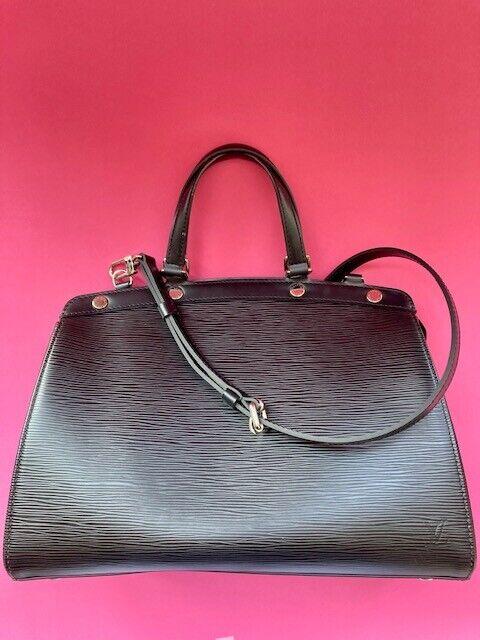 Louis vuitton sac  model brea moyen cuir épi noir