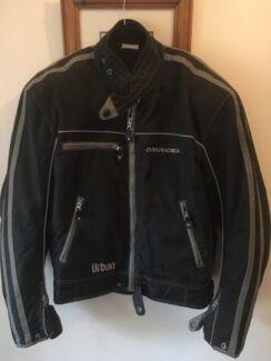 Shoei Full Face Helmet/DriRider jacket - as new, very little use