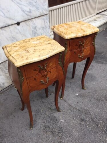 Elegant Pair of Louis XV Bedside Tables in Inlaid Bois de Rose - Restored