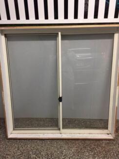 Aluminium sliding window 1250x1240