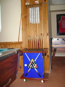 Pool  cue cabinet