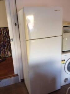 Westinghouse Fridge/Freezer 393L for Sale $100 negotiable Glen Alpine Campbelltown Area Preview