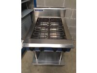 Second Hand Blue Seal 4 Ring Commercial Hob Model E514D-LS On 4 Legs With Under shelf. 9.6kw.