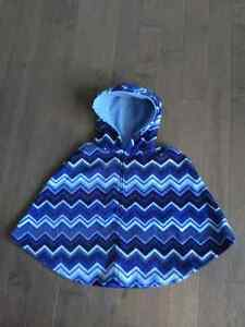 New Mountain Fleece Ponchos - Ideal Xmas Gifts Windsor Region Ontario image 3