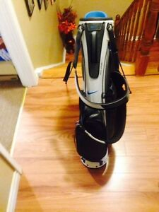 Nike Sport Lite Golf Bag WITH Stand New with Tags St. John's Newfoundland image 2