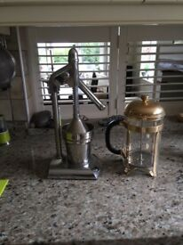RETRO FRUIT JUICER AND CAFETIERRE