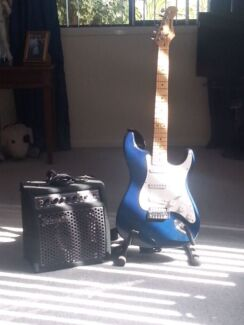AMP & GUITAR + STAND Forrestfield Kalamunda Area Preview