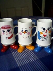 NOVELTY FOOTED COLLECTOR MUGS x 3 -- ALL UNUSED