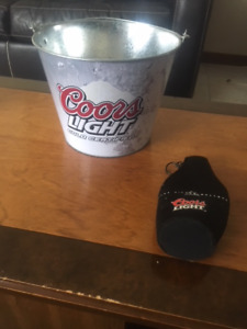 coors and wine buckets